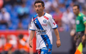 Berm�dez jugando con el Puebla.