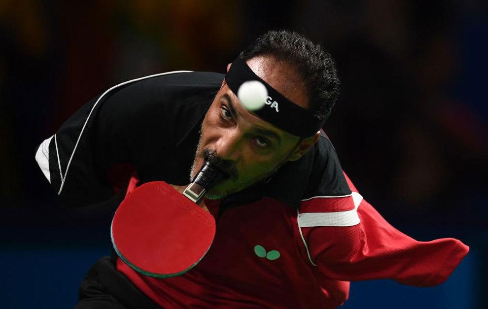 Hibrahim Hamato durante un partido de tenis de mesa en los Juegos...