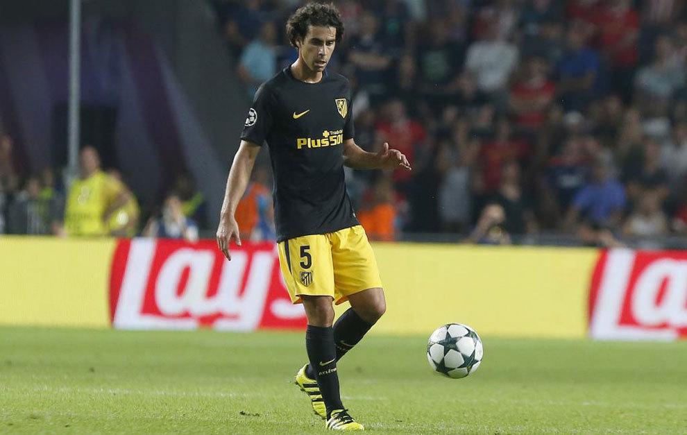 Tiago durante el partido de Champions de ayer frente al PSV