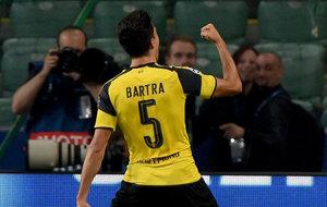 Bartra celebra su gol ante el Legia de Varsovia