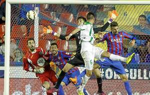 El Levante defender� su liderato ante el C�rdoba, pero en El...
