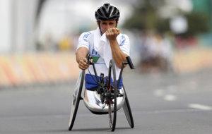 Zanardi, llorando al conseguir una medalla en los Juegos Paral�mpicos...