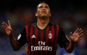 Bacca celebra su gol a la Sampdoria.