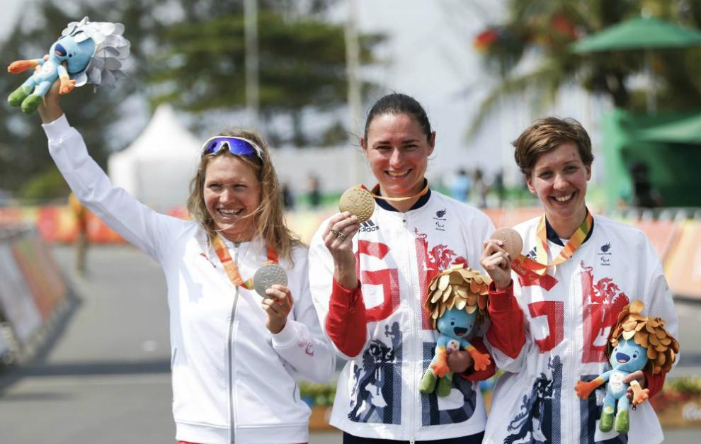 Anna Harkowska de Polonia, Sarah Planta de Gran Bretaña y Crystal en...
