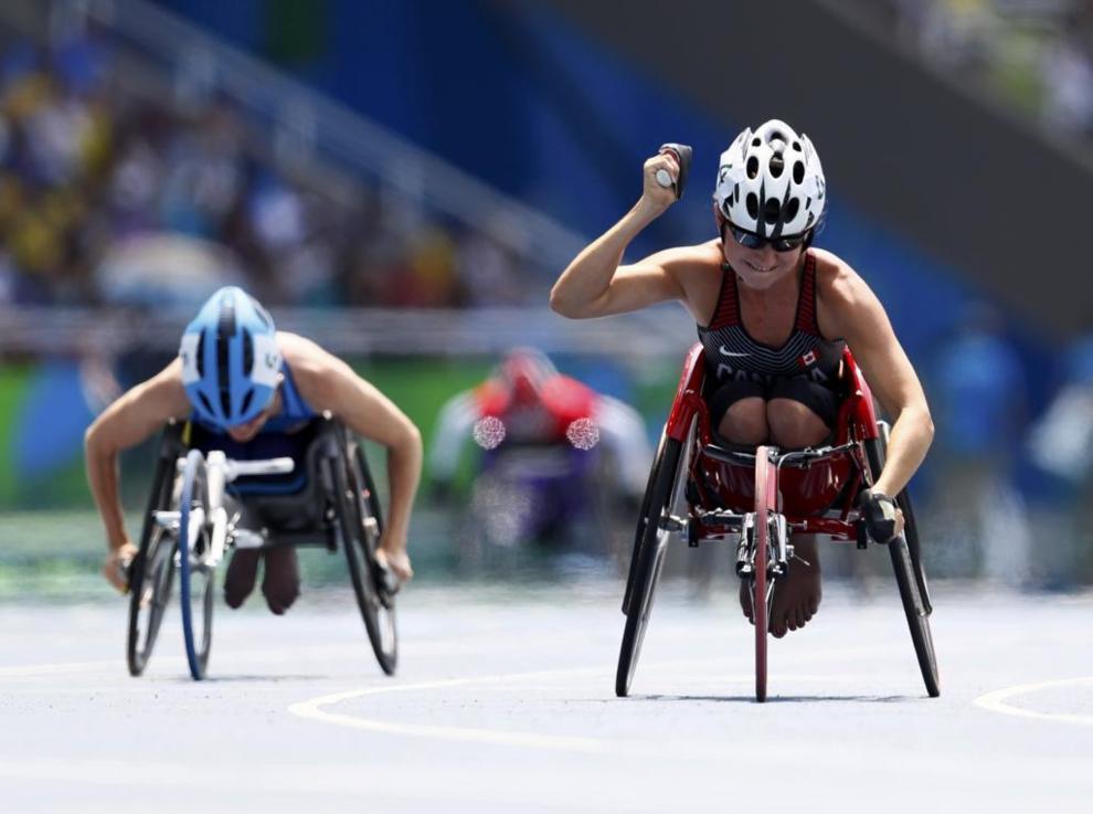 Reacción de Michelle Stilwell de Canadá al ganar la medalla de oro