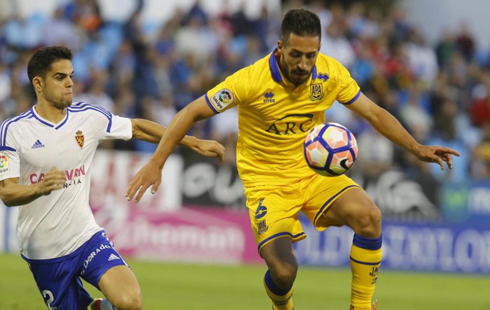 El Zaragoza se coloca colíder junto al Levante.