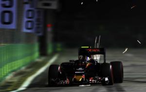 Carlos Sainz (Toro Rosso) durante la calificaci�n del GP de Singapur...