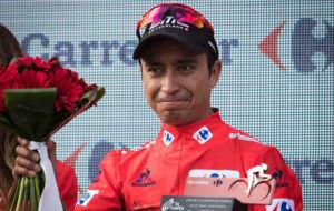 Darwin Atapuma, en el podio de la Vuelta como l�der.