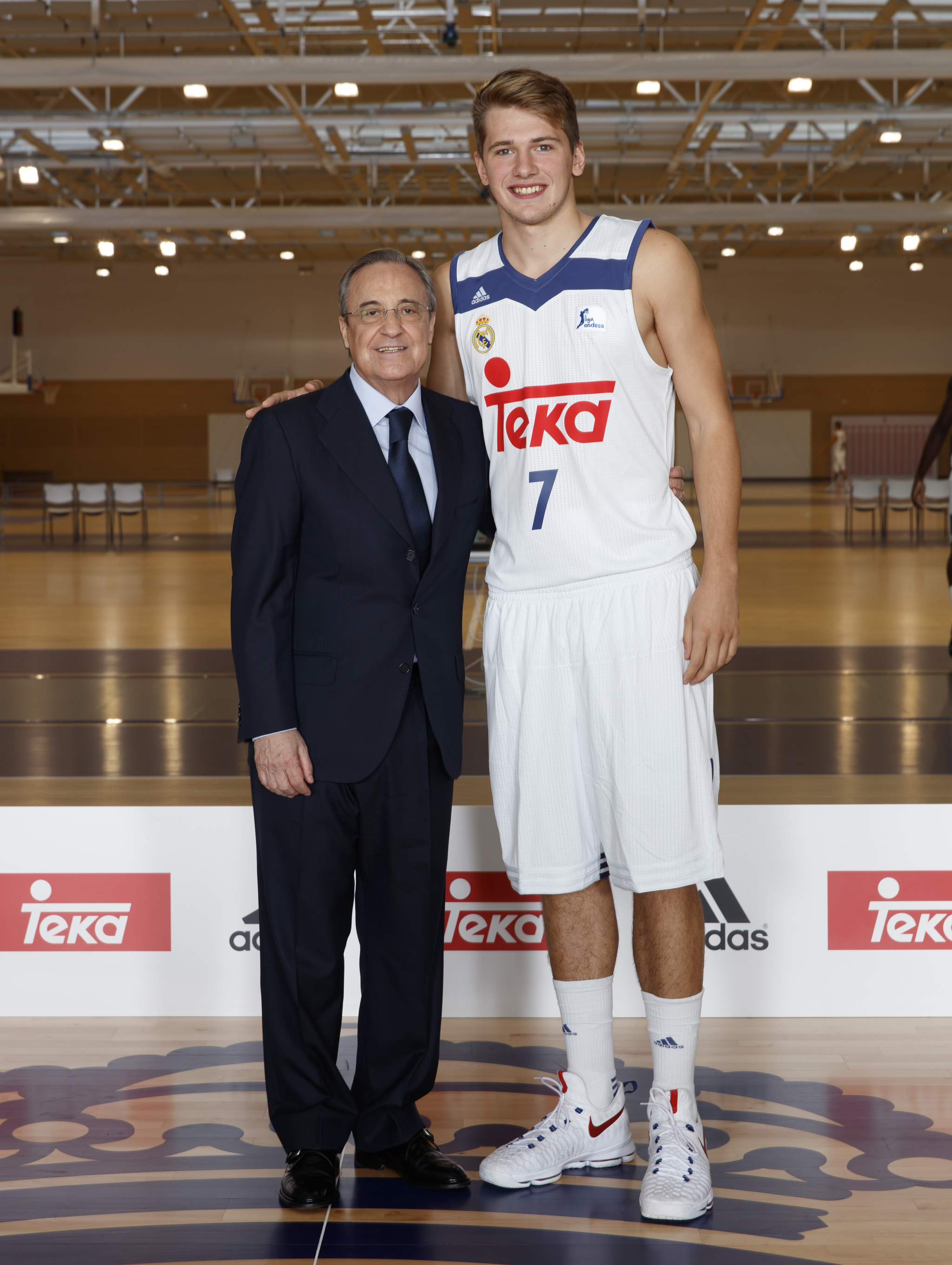 ¿Cuánto mide Luka Doncic? - Real height 14743478739237