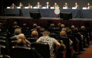 El Consejo del Espanyol, en la �ltima Junta de Accionistas.