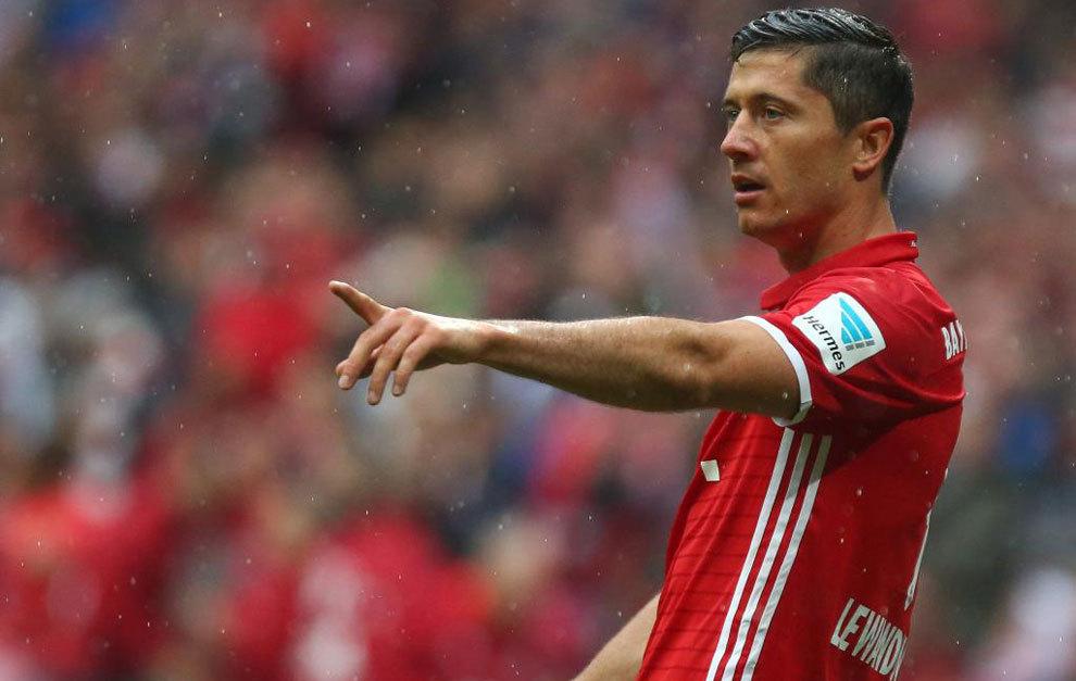 Lewandowski durante  un partido con el Bayern