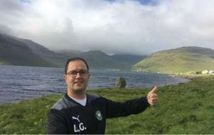 Dani Gordo, en uno de los paisajes naturales de las Islas Feroe