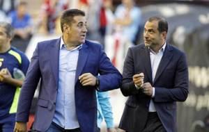 Jos� Ram�n Sandoval y Juan Eduardo Esn�ider, antes del derbi del...