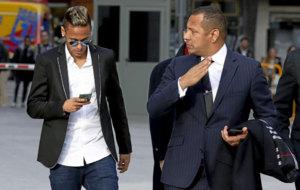 Neymar y su padre declaran en la Audiencia Nacional.