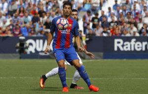 Luis Su�rez en el partido que enfrent� al Legan�s y al Barcelona