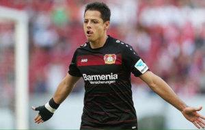 Hern�ndez celebra uno de sus goles con el Leverkusen.