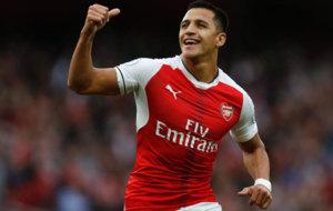 Alexis celebra su gol ante el Chelsea.