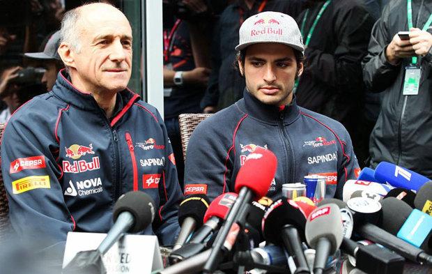 Franz Tost y Carlos Sainz dan una rueda de prensa en el GP de Rusia de...