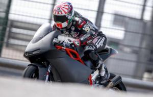 Zarco rueda en Motorland con la KTM de Moto2 de 2017