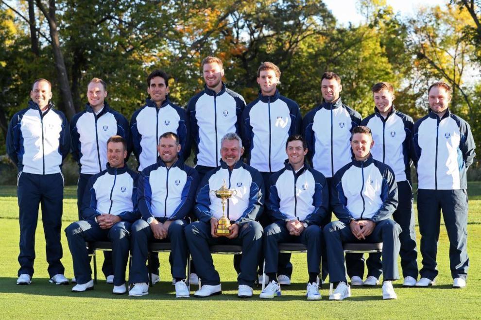 El equipo europeo capitaneado por Darren Clarke en el Hazeltine...