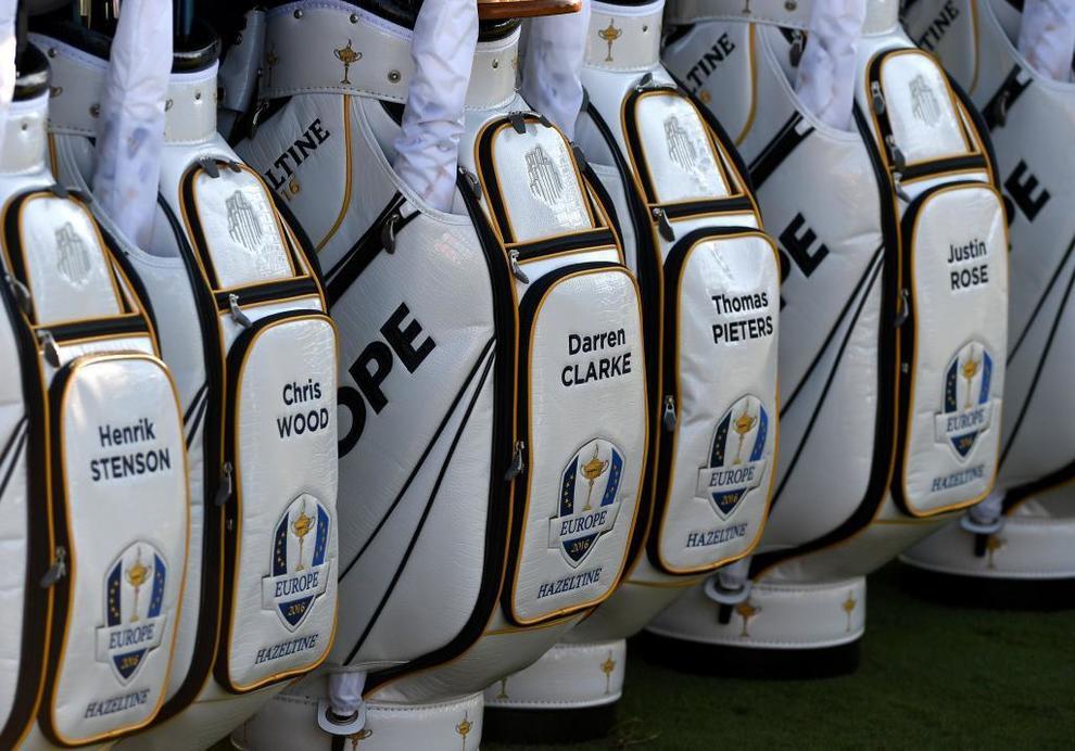 Las bolsas del equipo europeo.