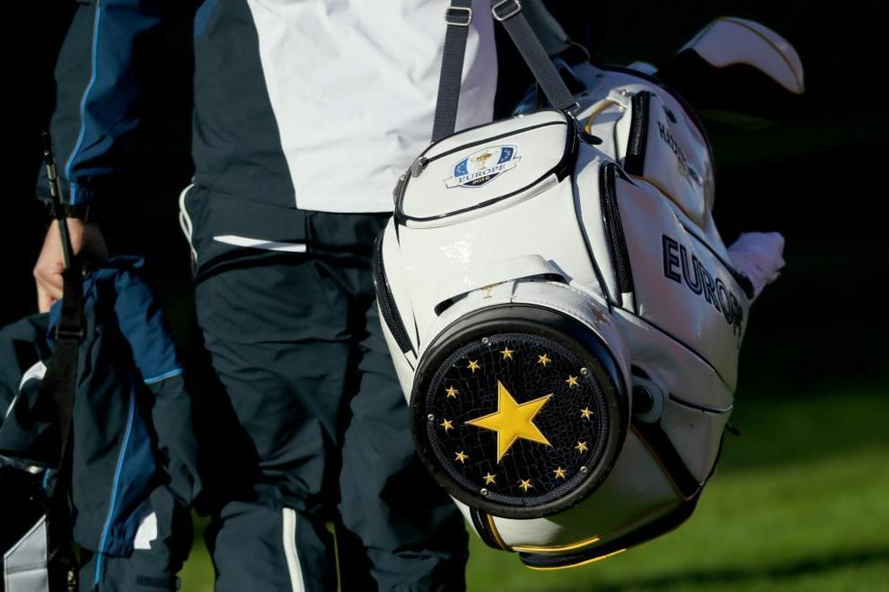 Los detalles de la bolsa del equipo europeo.