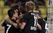 Los jugadores del Leverkusen celebran el gol del triunfo
