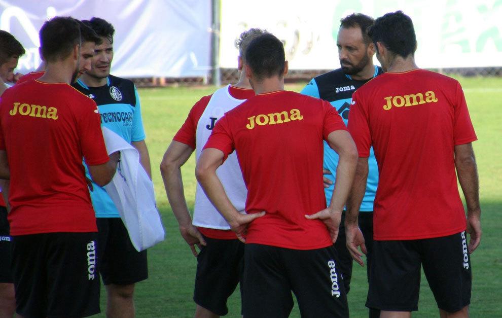 José Bordalás durante su primer entrenamiento como técnico del...