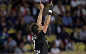 Chicharito celebra su gol ante el M�naco