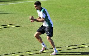 Jonas Martin hace un ejercicio en el entrenamiento de este mi�rcoles.