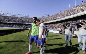 Suso Santana celebra con Prats un gol en el Heliodoro el a�o pasado