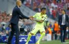 Neymar y Guardiola, en el Bayern-Bar�a de mayo de 2015.