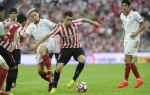 Laporte durante el partido de liga frente al Sevilla