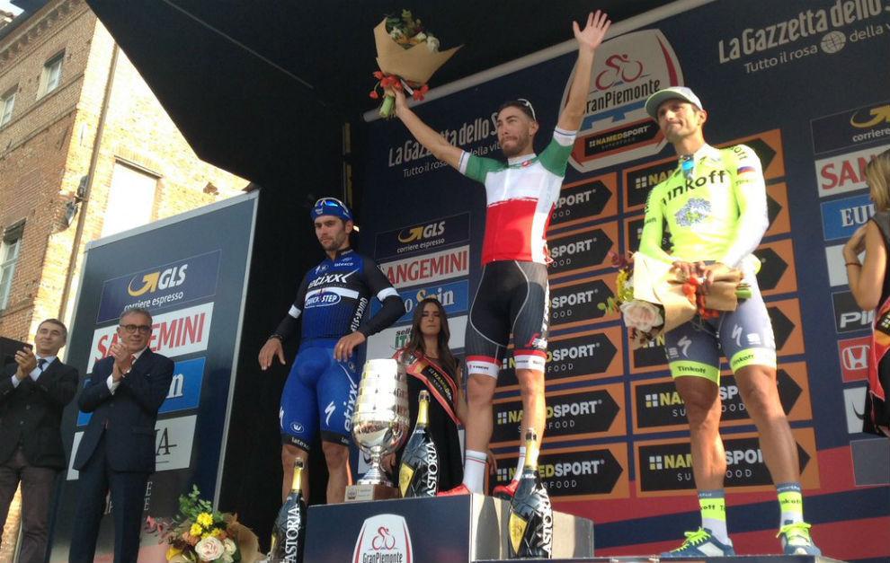 Así fue el podio del Giro del Piamonte.