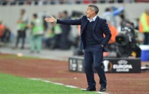 Fran Escrib� durante el partido ante el Steaua de Bucarest. /