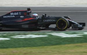 Alonso rueda en Sepang con neumáticos blandos.