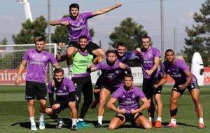 Los jugadores del Madrid al final del entrenamiento