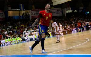 Sergio Lozano celebra un gol con la selecci�n espa�ola