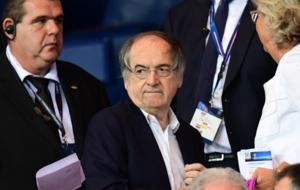 No�l Le Gr�et, Presidente de la Federaci�n Francesa de F�tbol.