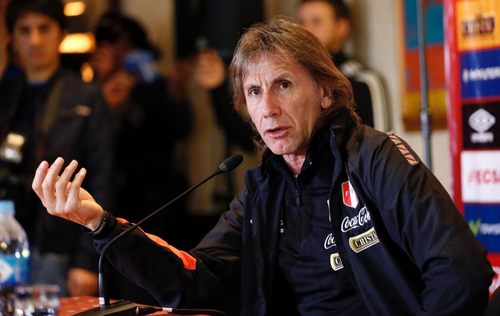 Ricardo Gareca, seleccionador de Perú, durante una rueda de prensa