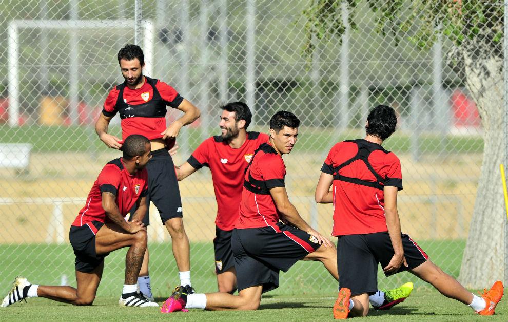 Última sesión de trabajo del Sevilla antes de un fin de semana de descanso