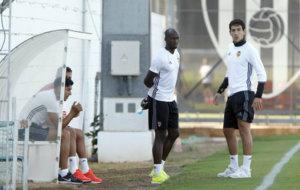 Parejo, Alves, Mangala y Enzo en la sesi�n vespertina de este...