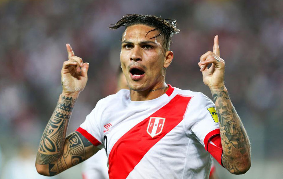 Guerrero celebra su gol a Argentina.
