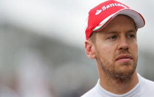 Sebastian Vettel, con el gesto serio en Suzuka