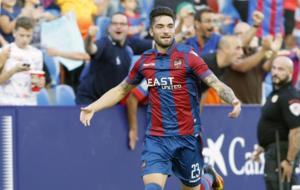Jason celebrando un gol en el Ciutat de Valencia