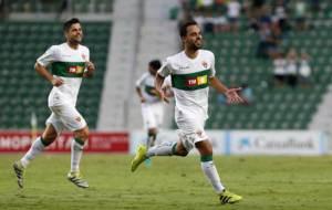Matilla celebra el tercer gol anotado por el Elche en el 4-4 con el...