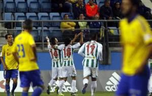 Piovaccari celebra su gol en el Ram�n de Carranza
