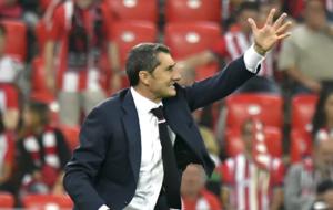 Ernesto Valverde durante el choque de Europa League Athletic - Rapid