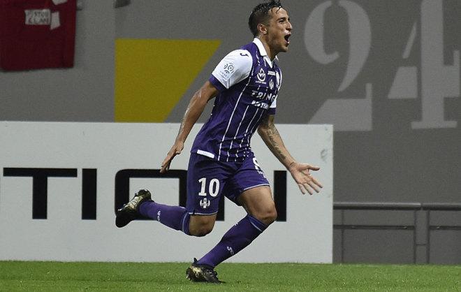 Tejo celebra su gol, el primero del Toulouse.