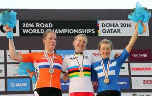 Las ocupantes del podio en Doha: Dideriksen, Wild y Lepisto.